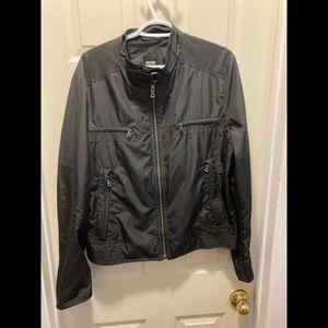 Hugo boss black zip up jacket size 52 (large)
